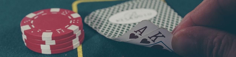 talia karta i żetony w kasynie