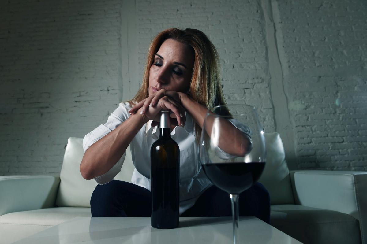 alkoholizm leczenie warszawa, klinika leczenia alkoholizmu, leczenie alkoholizmu warszawa